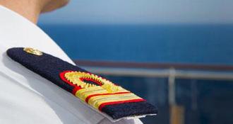 Equipage d'un bateau de croisière : qui est qui sur un navire ?