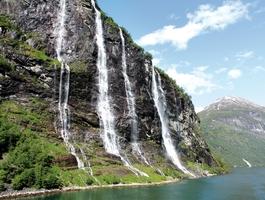 Seven sisters watterfall, Geiranger Fjord