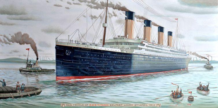 Deux répliques du Titanic en cours de construction