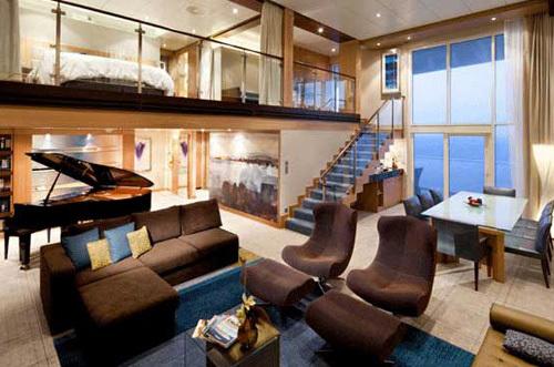 7 suites et cabines de croisi re grand luxe qui vont vous tonner. Black Bedroom Furniture Sets. Home Design Ideas