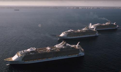 Quand l'Harmony of the Seas navigue à côté de ses sister-ships