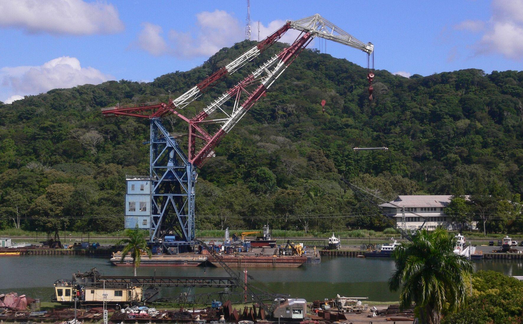 Activité industrielle sur le Canal de Panama