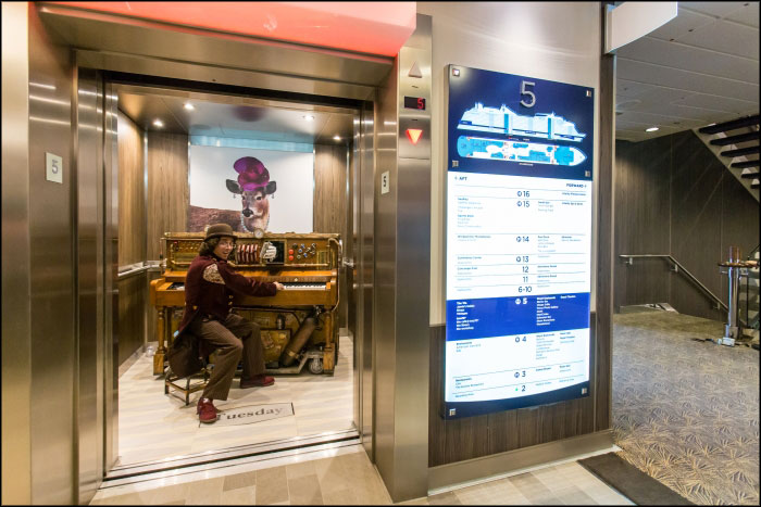 Un piano mobile pour le Anthems of the Seas